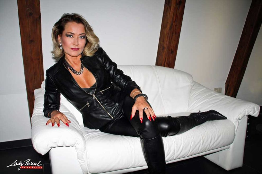Lady Pascal - Latex Excess - Berlin